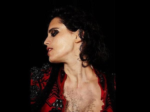 Anna Calvi Tour Dates