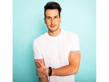 Russell Dickerson artist photo