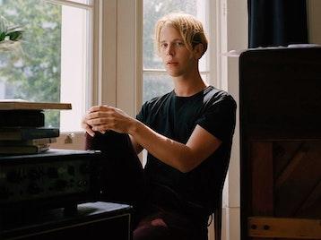 Tom Odell artist photo