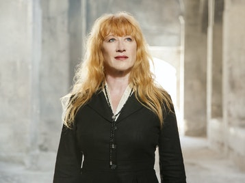 Loreena McKennitt artist photo