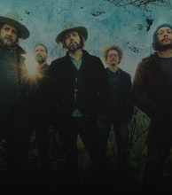 The Magpie Salute artist photo