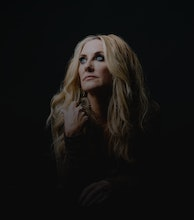 Lee Ann Womack artist photo