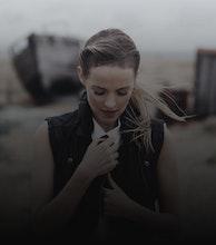 Gemma Hayes artist photo