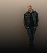 Dan Andriano (Alkaline Trio) artist photo