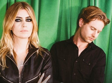 Blood Red Shoes artist photo