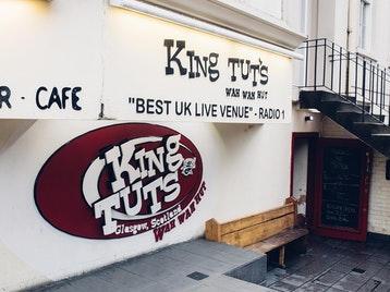 King Tut's Wah Wah Hut picture