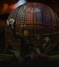 Gandeys Circus artist photo