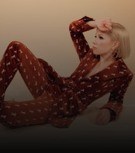 Carly Rae Jepsen artist photo