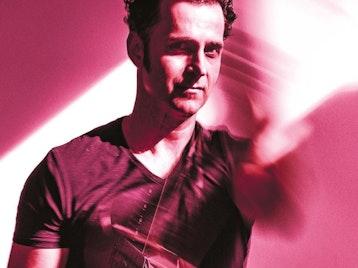 Dweezil Zappa artist photo