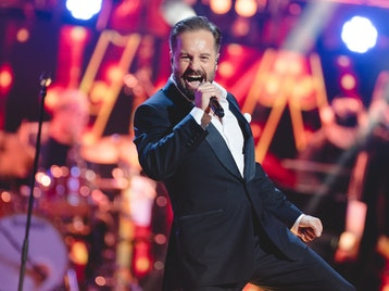 Songs From The Stage: Alfie Boe, Danielle De Niese, Royal Philharmonic Orchestra (RPO) picture