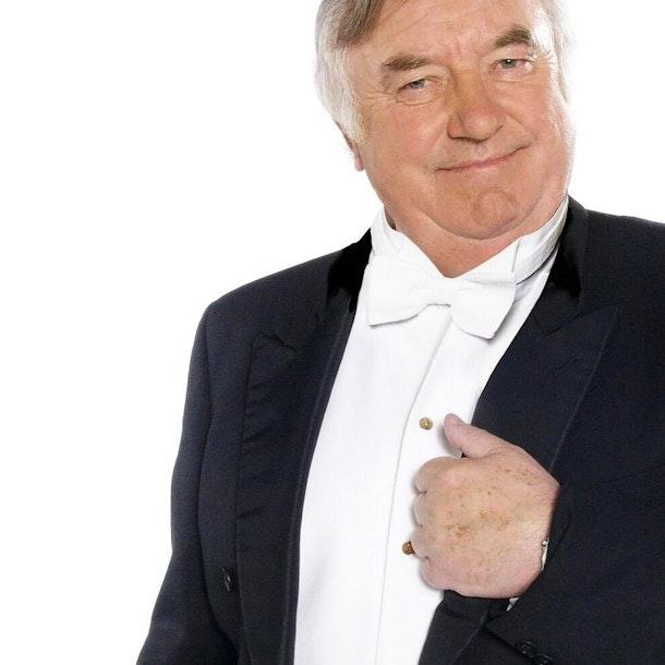 Jimmy Tarbuck OBE Tour Dates