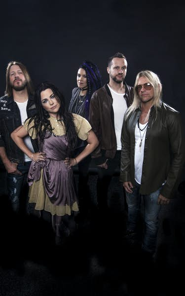 Evanescence - Driven to Perform Livestream Concert