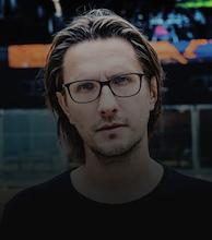 Steven Wilson artist photo